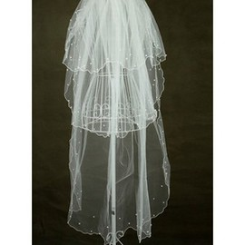 Luxurious Tiered Short Wedding Veil