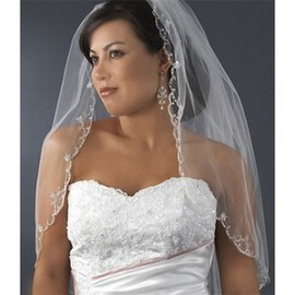 Lace Hem Short Wedding Veil