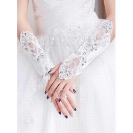 Lace Sequin White Chic | Modern Bridal Gloves