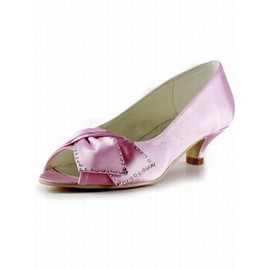 With Satin Fine With Fish Head Shoe Bride