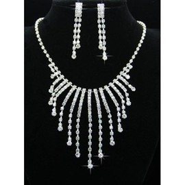 Cheap Chic With Crystal Bridal Jewelry