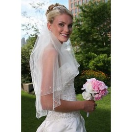 Tiered Short Wedding Veil