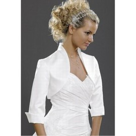 Taffeta Vintage White Simple Bolero