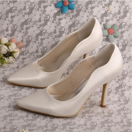Actual Heel Height 3.54 Inch Drama Autumn Winter Heels Wedding Shoe