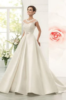 Ball Gown Modest Appliques Capped Sleeves Natural Waist Wedding Dress