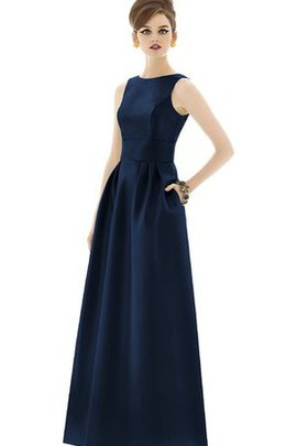 Bateau Long Sleeveless Pleated Bridesmaid Dress
