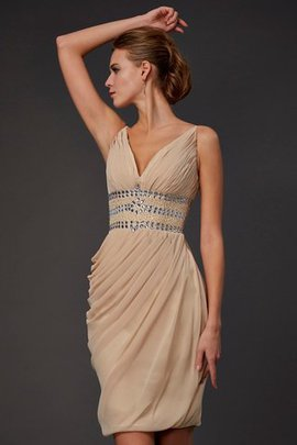 Chiffon V-Neck Natural Waist Short Sleeveless Homecoming Dress