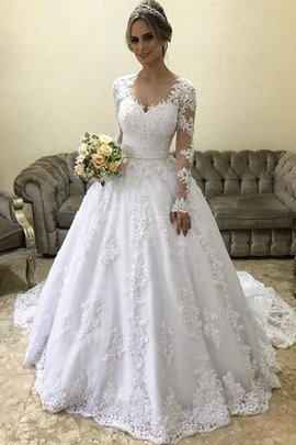 Charming Chic & Modern Fancy Beading Hall Jewel Accented Romantic Wedding Dress