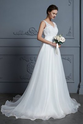 Lace Fabric Princess Fantastic Sweep Train A-Line Simple Outdoor Wedding Dress