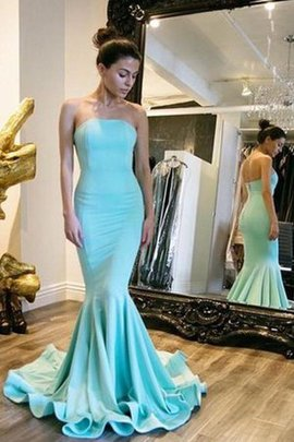 Zipper Up Chic & Modern Sleeveless Strapless Elegant & Luxurious Prom Dress