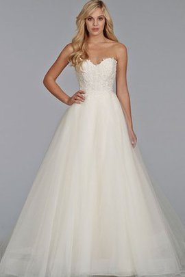 Sleeveless Zipper Up Ball Gown Chic & Modern Outdoor Wedding Dress