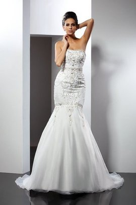 Appliques Satin Strapless Long Sleeveless Wedding Dress