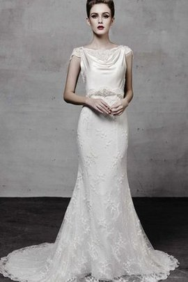 Capped Sleeves Floor Length Beading Lace Wedding Dress