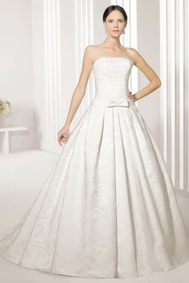 Bow Swing Floor Length Sashes Court Train Wedding Dress