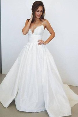 Hourglass Delicate Outdoor Pleated Long Embroidery Sweep Train Wedding Dress