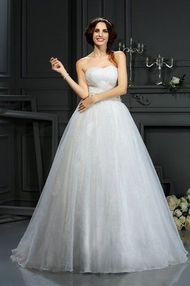 Natural Waist Sleeveless Zipper Up A-Line Wedding Dress