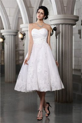 Sleeveless Sweetheart Beading Zipper Up A-Line Wedding Dress