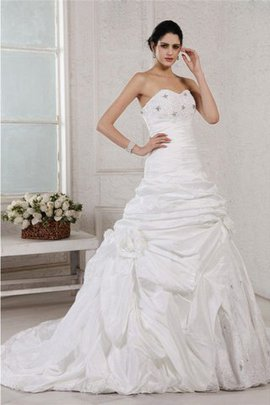 Appliques Sleeveless Long A-Line Lace-up Wedding Dress