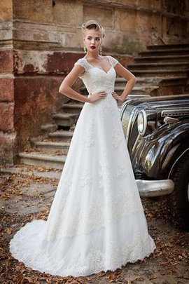 Sweep Train A-Line Long Elegant & Luxurious Appliques Wedding Dress