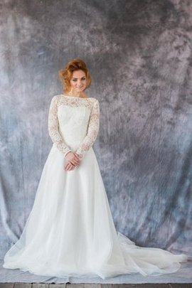 Organza Chapel Train Bateau Floor Length Lace Wedding Dress
