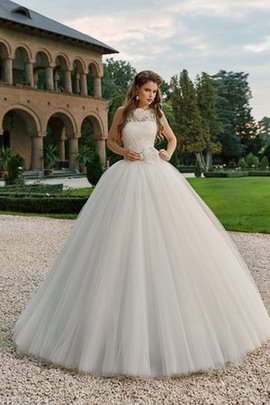 Flowers Scalloped-Edge Vintage Floor Length Sleeveless Wedding Dress