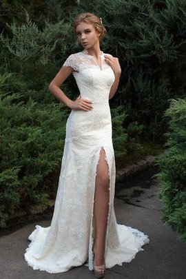 Tiered Floor Length Modest Lace Fabric Elegant & Luxurious Wedding Dress