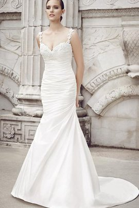 No Waist Sleeveless Apple Beading Backless Wedding Dress