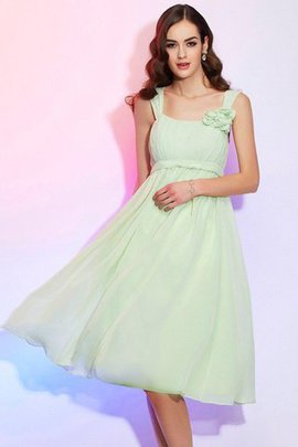 Princess Sleeveless Knee Length Spaghetti Straps Bridesmaid Dress