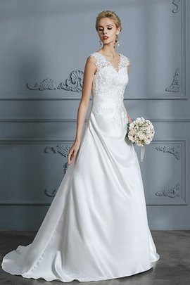 Sexy Angelic Romantic A-Line Appliques Button Floor Length Wedding Dress