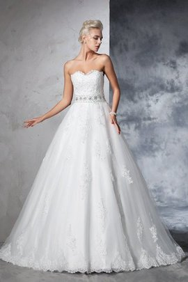 Sleeveless Appliques Ball Gown Long Sweetheart Wedding Dress