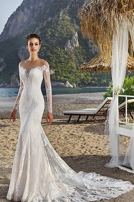 Sweetheart Mermaid Lace Elegant & Luxurious Wedding Dress