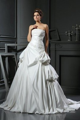 Strapless Empire Waist Sleeveless Ball Gown Lace-up Wedding Dress