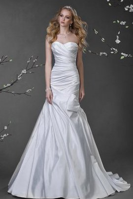 Criss-Cross Sweetheart Elegant & Luxurious Court Train Satin Wedding Dress