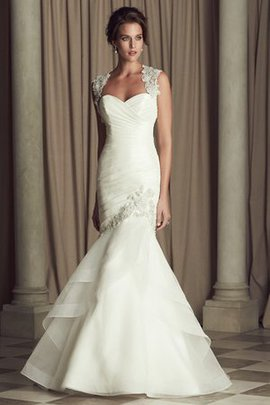 Cascading Ruffle Elegant & Luxurious Sleeveless Church Exclusive Wedding Dress