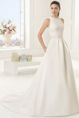 Chic & Modern Elegant & Luxurious Floor Length Wedding Dress