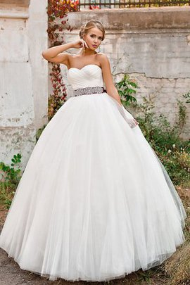 Ball Gown Tulle Long Sleeveless Lace-up Wedding Dress