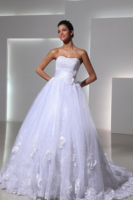 Elegant & Luxurious Tiered Pleated Sweetheart Wedding Dress