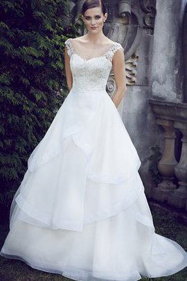 Elegant & Luxurious A-Line Hourglass Sleeveless Rectangle Wedding Dress