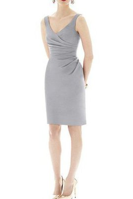 Pleated Ruched V-Neck Sheath Knee Length Bridesmaid Dress
