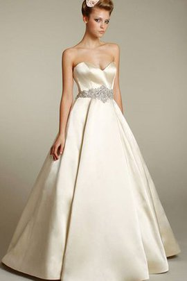 Natural Waist Sleeveless Sweetheart Sweep Train Ball Gown Wedding Dress