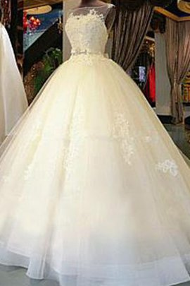 Keyhole Back Vintage Stunning Rectangle Formal Misses Appliques Wedding Dress