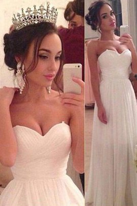 Outdoor Natural Waist Distinctive Sexy Sweep Train Romantic Sweetheart Wedding Dress
