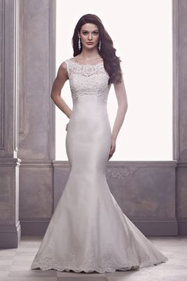 Church Sleeveless No Waist Hourglass Inverted Triangle Wedding Dress