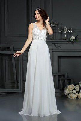 Long Sleeveless Princess Sweep Train Chiffon Wedding Dress