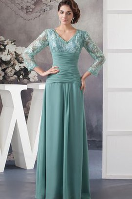 Charming Chiffon Long V-Neck Appliques Evening Dress