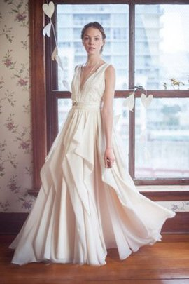 Chiffon Sweep Train Romantic Vintage Wedding Dress