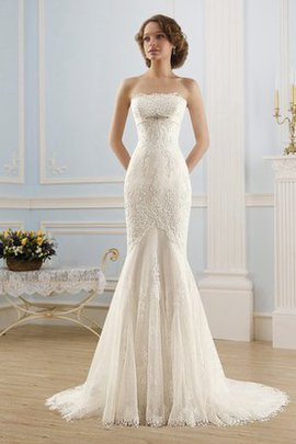 Lace-up Beading Long Romantic Vintage Wedding Dress