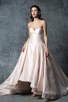 Floor Length Zipper Up Elegant & Luxurious Sweep Train Dropped Waist Wedding Dress