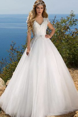 Tulle Ball Gown Bow Beach Court Train Wedding Dress