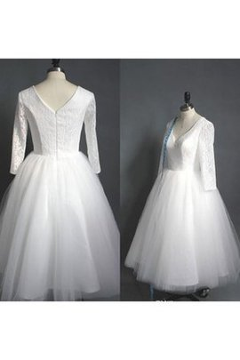 Romantic A-Line Short V-Neck Vintage Wedding Dress